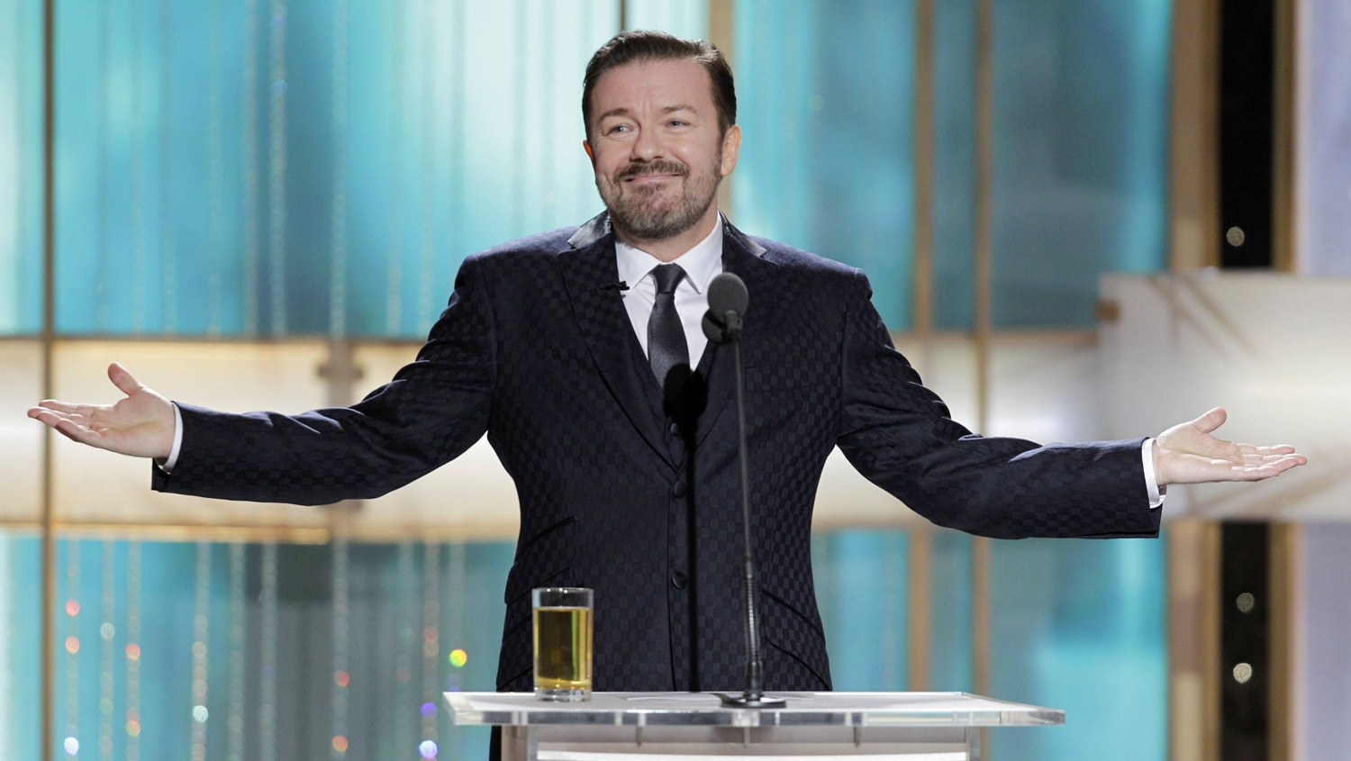 La notte in cui Ricky Gervais insultò mezza Hollywood