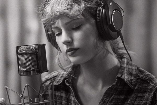 "Taylor Swift nel trailer di ""folklore: the long pond studio session"""